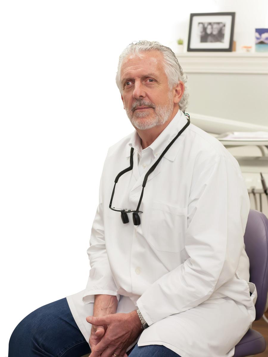 Doctor Robert Ryan